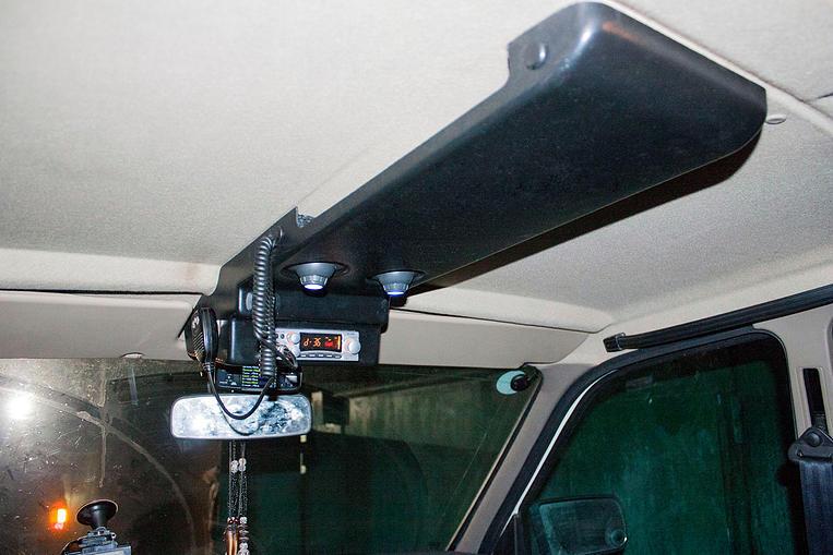 Потолочная консоль л200 своими руками